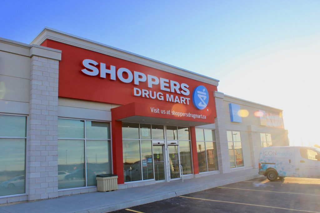 outside view of shoppers drug mart